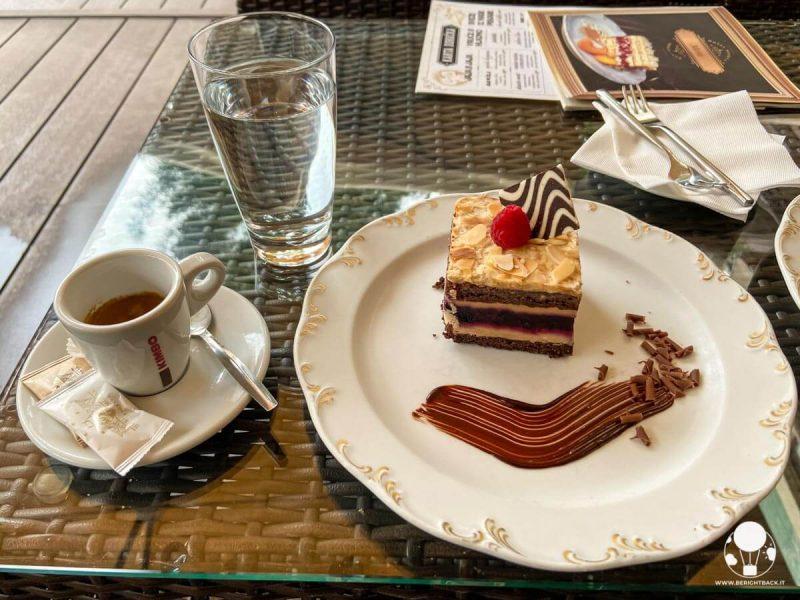 dove-mangiare-a-belgrado-colazione-hotel-moskva-berightback