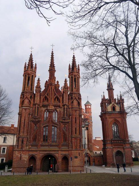 edifici sacri vilnius chiesa di sant'anna mattoni