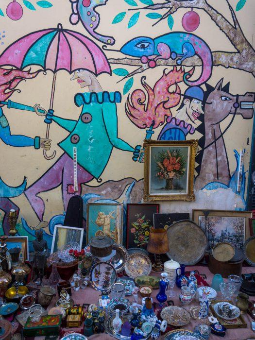 Atene grecia monastiraki mercatino delle pulci street art